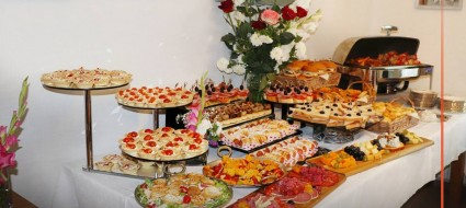Buffet for the brides table